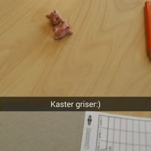 Remi og jeg kaster litt griser på jobb.